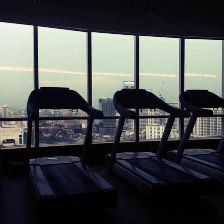 Centara Grand at CentralWorld: Gym