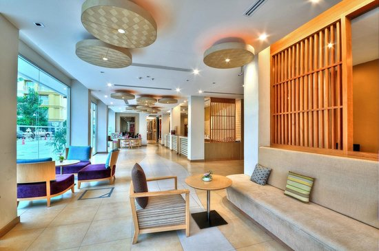 The ASHLEE Plaza Patong Hotel & Spa: Lobby