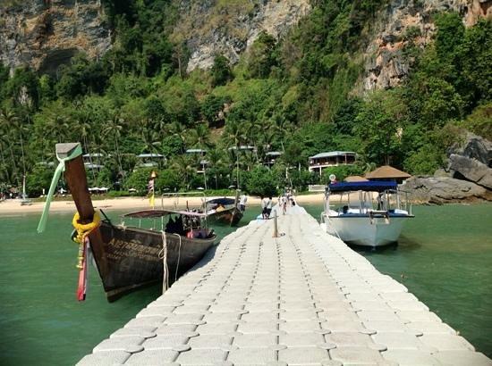 Centara Grand Beach Resort & Villas Krabi: Ankunftssteg