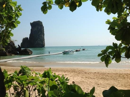 Centara Grand Beach Resort & Villas Krabi: Strand