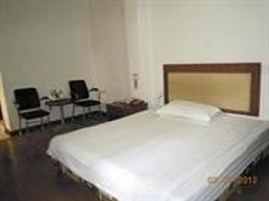 Junjia Express Hotel (Ganzhou Wenming Avenue)