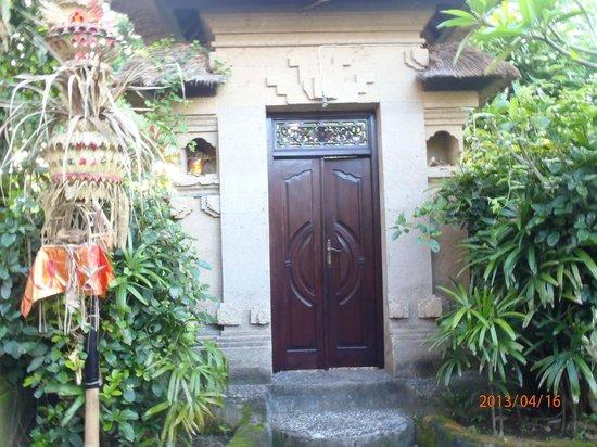Alamanda Villas: TOBIRA
