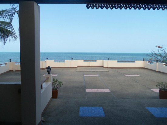 Sea Breeze Guest House: View from my room, out to the balcony and the beach
