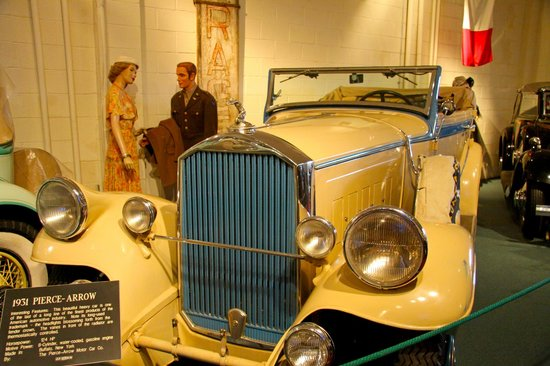 写真The Car and Carriage Caravan Museum枚