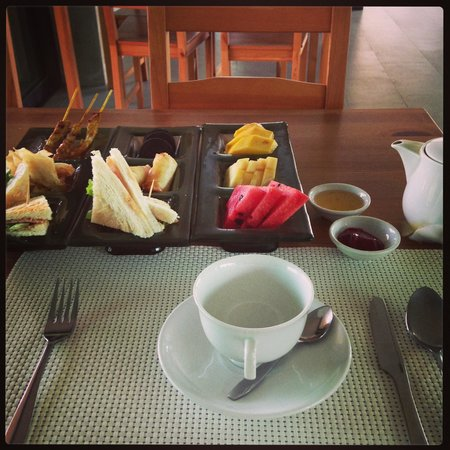 Zensala Riverpark Resort: Tea Set