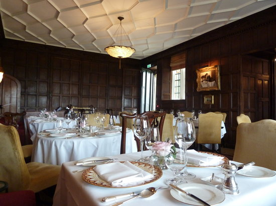 Ellenborough Park: The dining room