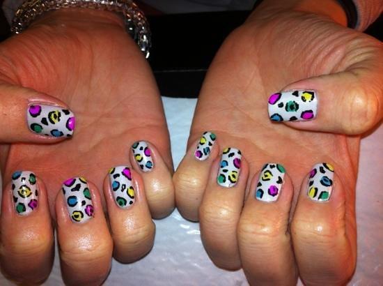 Cleckheaton, UK: hand painted nail art by Rachel
