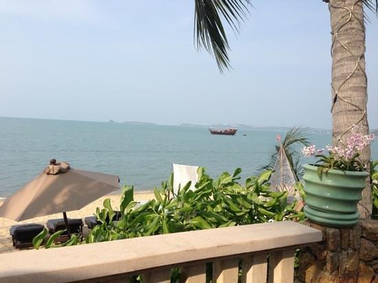 Bo Phut Resort & Spa: view having breakfast at the hotel