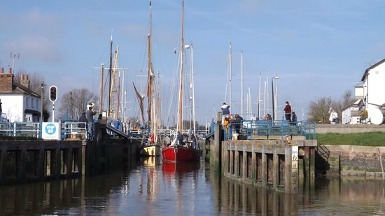 ‪Heybridge Basin‬