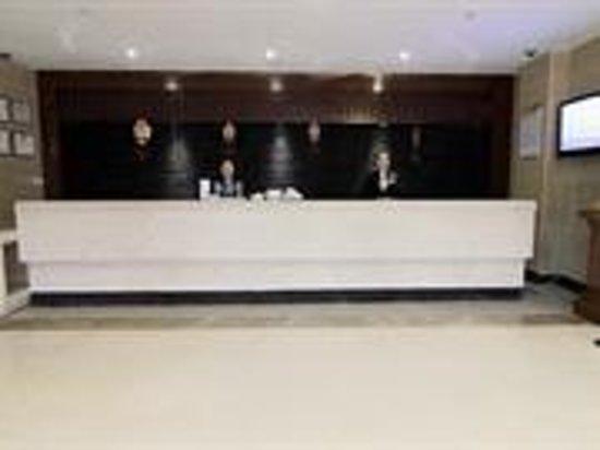Caoyang Bojue Business Hotel