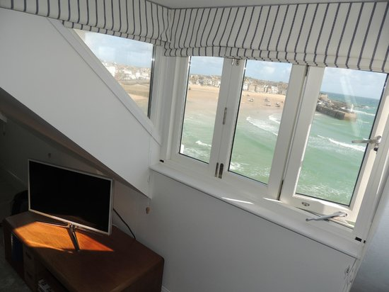 Trevose Harbour House: Spectacular views. (Room 6)