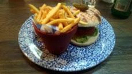 Darcy's: flower pot chips