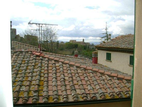 Hotel La Locanda: Vista dalla camera al 3° piano