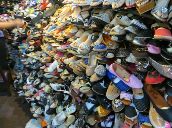 Central Market: shoes in markets