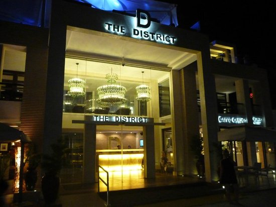 The District Boracay: Even more beautiful at night