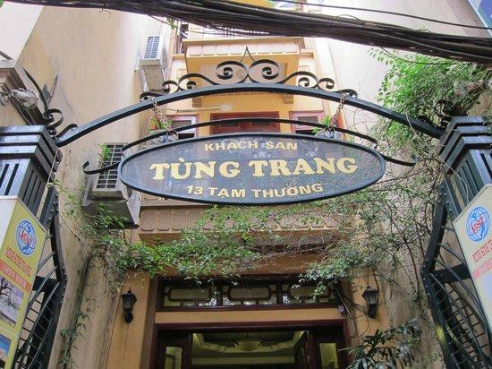 Tung Trang Hotel: hotel name