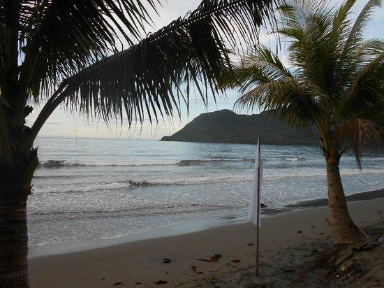 Tahusan Beach