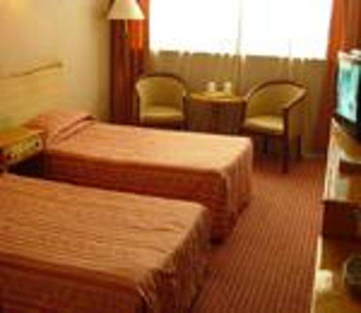 Dongfanghong Hotel