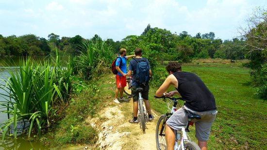Khmer for Khmer Organisation: Tour durchs Hinterland