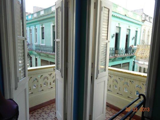Casa Particular Isel e Ileana Havana: View from bedroom