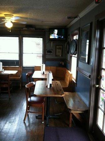 Big Shanty Smokehouse BBQ: basic seating