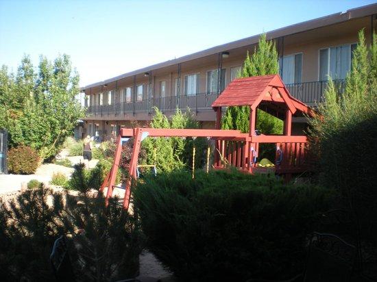 Page Boy Motel: Vue extérieure de la chambre