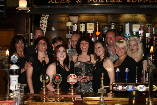 Hales Bar: Staff and friends