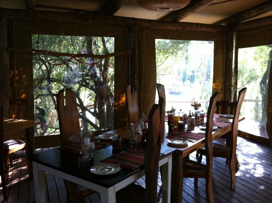 Sibuya Game Reserve & Tented Camp : the table is set