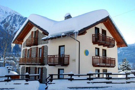 Stella Del Nord Hotel : Hotel in winter