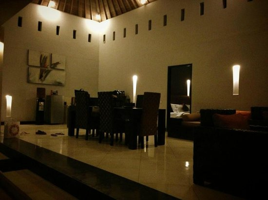 The Seminyak Suite Private Villa: Dining/ Kitchen area