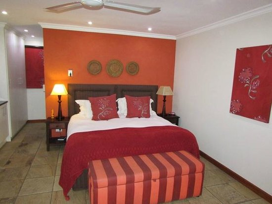 Rivonia Bed & Breakfast: Room