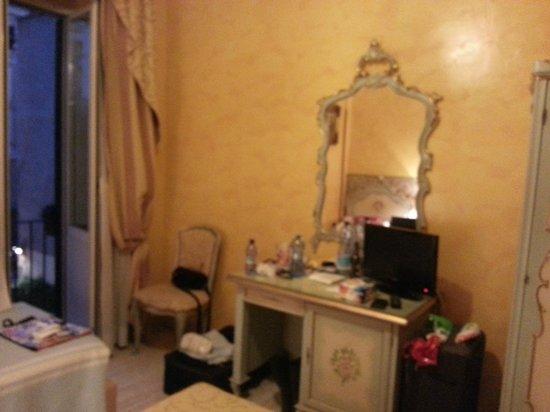 Villa San Lorenzo Maria Hotel: klein aber ausreichend