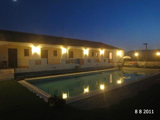 La Valle del Cedrino: piscina di sera