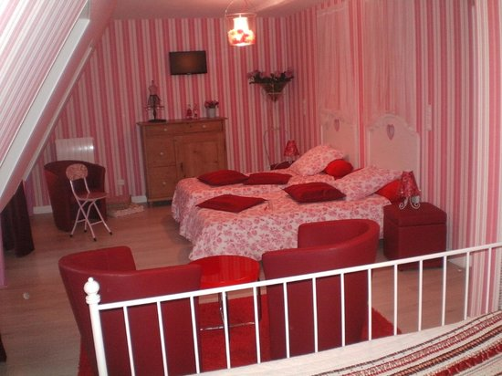 La Métairie: La chambre PINK FAMILY