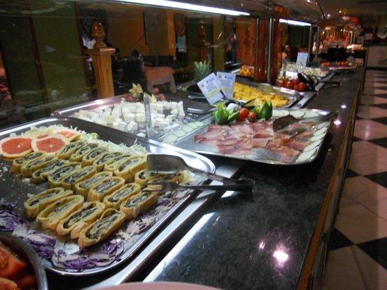 Playamarina Spa Hotel: Buffet