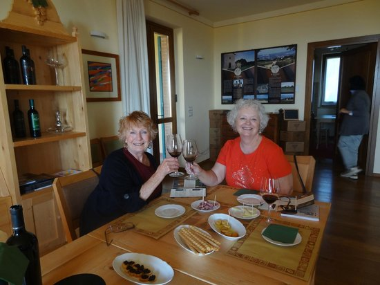 Cantina Peppucci: Great wine at a great winery