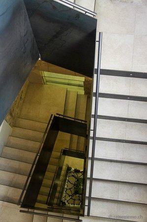 Santa Clara Urban Hotel & Spa: Staircase