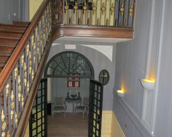 Hotel De Tuilerieen: Staircase