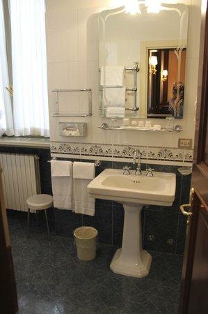 Albergo Terminus Hotel: bathroom