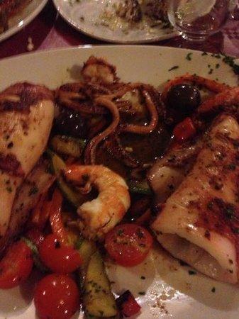 Vino Veritas : piatto di calamari