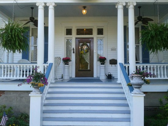 Bisland House Bed and Breakfast: Gorgeous home