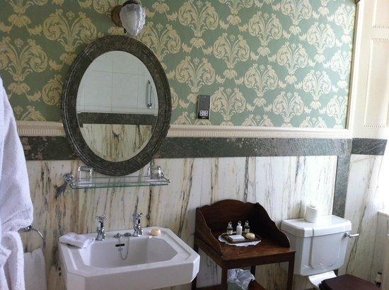 Glenapp Castle: Salle de bains