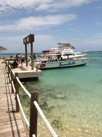 Sandals Ochi Beach Resort: The Dive boat