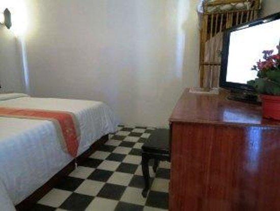 Angkor Reach Hotel