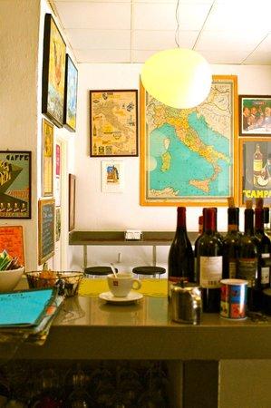¡Viva Maria! : Vista del local desde la cocina
