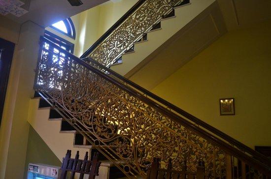 Rajputana Haveli: stairs