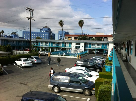 Travelodge Hollywood-Vermont/Sunset: Parking Hotel