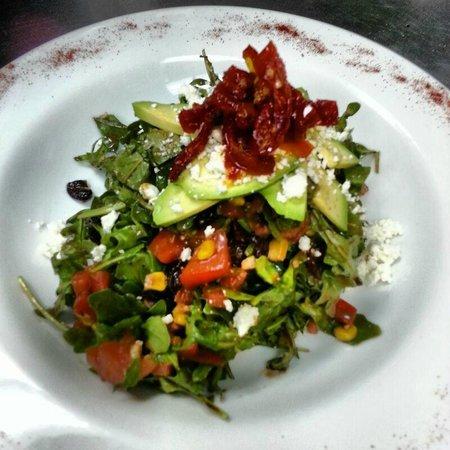 Tre Pazzi: Gourmet Salad