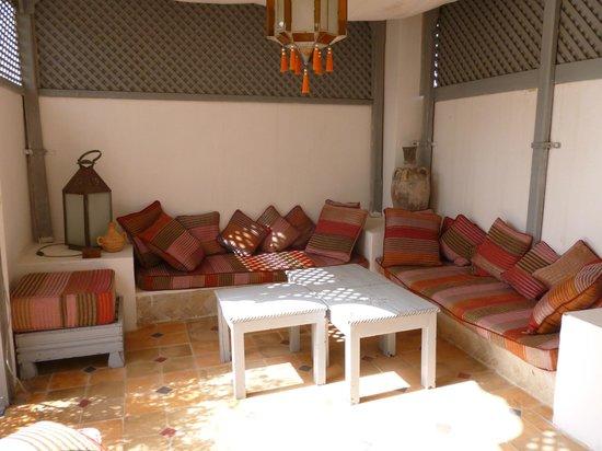 RIad Al Loune: Sitting area on the Terrace