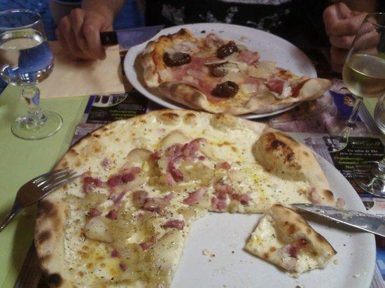 Pizzeria La Paulina : Pizza bianca et pizza prosciutto